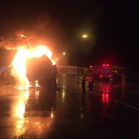 ไฟไหม้รถสิบล้อ
