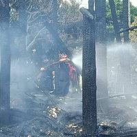ไฟไหม้บ้านไม้สัก