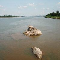รอยพระพุทธบาท 2,000 ปีโผล่กลางน้ำโขง