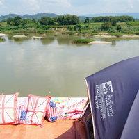 นักท่องเที่ยวจองเต็นท์และที่พักริมแม่น้ำโขง