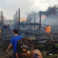 ไฟไม้บ้าน 2 ชั้น วอดทั้ง 2 หลัง