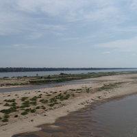 น้ำโขงวิกฤติแห้งขอดหาดทรายโผล่ยาวเป็นกิโล
