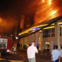 เพลิงไหม้โรงแรม 400 ชีวิตหนีอลหม่าน