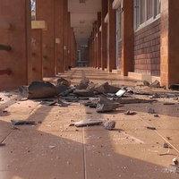 พายุหลงฤดู ถล่มโรงเรียนบ้านเรือนเสียหายกว่า 50 หลังคาเรือน
