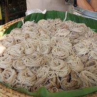 ขนมจีนจิ้งหรีดน้ำยาป่า เมนูเด็ดบ้านแสนตอ