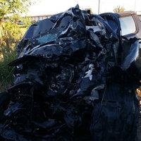 รถกระบะเสียหลักชนเทรเลอร์ ตาย 3 เจ็บ 1