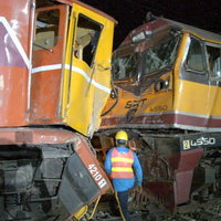 รถไฟชนกันที่สถานีปากท่อ มีผู้บาดเจ็ด 43 ราย สาหัส 3 ราย