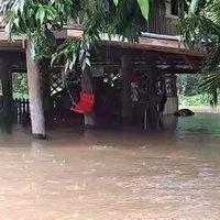 น้ำป่าทะลักท่วมบ้านเรือน ไร่สวนประชาชนกว่า 400 หลังคาเรือน