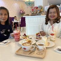 ชวนชิมกาแฟและเบอเกอรี่ไขมันต่ำ สไตล์ร้านคลาสสิก