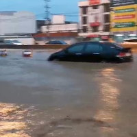 สงขลาฝนถล่มหนักน้ำท่วมเมือง ต้องปิดโรงเรียน