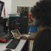 สไตล์การสอนยุคโดวิด! ครูแต่งแฟนซีสอนออนไลน์ สร้างสีสันดึงเด็กเข้าเรียน