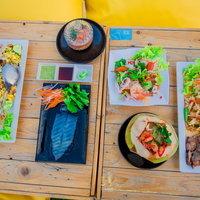 Tappia Floating Cafe คาเฟ่ลอยน้ำกลางทะเลพัทยา ตกหมึก ชมเมือง 360 องศา