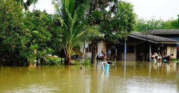 น้ำท่วมหมู่บ้านพื้นที่ลุ่มต่ำ ชาวบ้านเริ่มเดือดร้อน