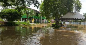 น้ำท่วมพิจิตรอ่วม 3 โรงเรียน ยังปิดโรงเรียนการสอน