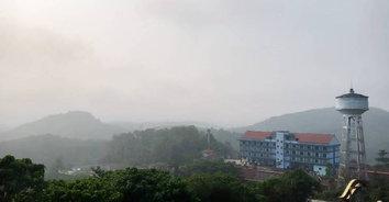 ชาวบ้านเบตงยังสำลักควัน-หูตาแสบ เหตุไฟไหม้บนเกาะสุมาตราปกคลุมทั่วเมือง