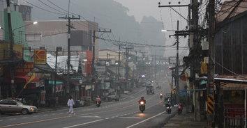 ควันทำพิษ! หมอกควันปกคลุมทั่วพังงา ผลกระทบจากควันไฟอินโดนีเซีย