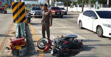 ร้องลั่นถนน! จักรยานยนต์ชนประสานงากัน บาดเจ็บรวม 5 คน