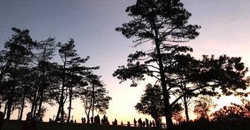 ชมทะเลหมอก พระอาทิตย์ขึ้นบนยอดภูเรือ (ชมคลิปบรรยากาศ)