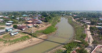 """สัญญาณแล้ง """"แม่น้ำยม"""" เหลือน้ำไม่ถึงเมตร วอนเกษตรกรงดทำนาปรัง"""