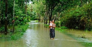 น้ำท่วมพัทลุงยังต้องเฝ้าระวังต่อเนื่องหลังฝนเติม