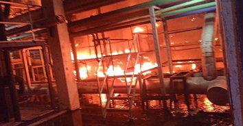 ไฟไหม้โรงงานผลิตเส้นใย เบื้องต้นยังไม่ทราบมูลค่าความเสียหาย