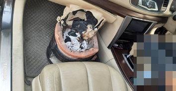 สาวใหญ่เศร้าเสียลูกสาว รมควันฆ่าตัวตายในรถหรู