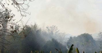 เจ้าหน้าที่เร่งดับไฟป่า หลังค่าฝุ่นล่ะอองในอากาศเพิ่มสูงขึ้น
