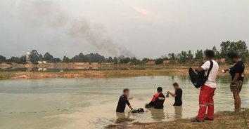 เศร้ารับปิดเทอม! กลุ่มเด็กชายชวนกันไปเล่นน้ำคลายร้อน ก่อนเพื่อนจมดับ