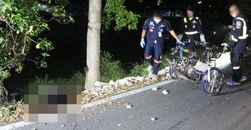 หนุ่มซิ่ง จยย. รีบกลับบ้านไปหาเมีย รถเสียหลักชนต้นไม้เสียชีวิตสลด