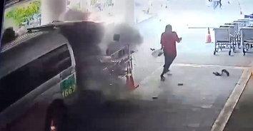 คนป่วยกระเจิง! ถังออกซิเจนในรถกู้ภัยระเบิด คนป่วย คนไข้ หนีตายอลหม่าน