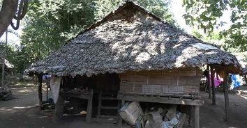 แปลกแต่จริง! หมู่บ้านไม่เอาไฟฟ้าน้ำประปา