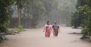 พัทลุงอ่วม! ฝนตกต่อเนื่องน้ำป่าหลากท่วมหลายพื้นที่