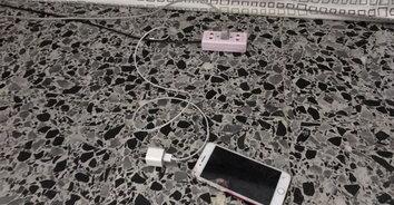 อุทาหรณ์สลด! นักเรียน ม.3 ชาร์จโทรศัพท์ถูกไฟช็อตเสียชีวิต