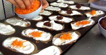 หอมหวานอร่อย ขนมเบื้องโบราณในตำนานสูตร 150 ปี