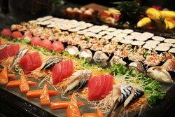 บุฟเฟ่ต์อาหารนานาชาติ ที่ Rama Restaurant โรงแรม Furama สีลม