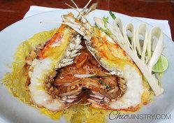 """เสน่ห์รสชาติอาหารไทยแบบต้นตำรับที่ """"ศิลาดล"""""""