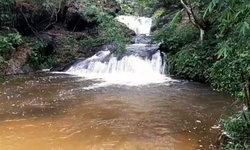 น้ำตกห้วยขมึนน้อย อุทยานแห่งชาติภูหินร่องกล้า ความสมบูรณ์ของธรรมชาติกลางป่าใหญ่