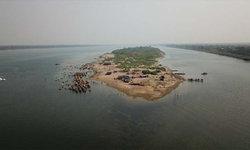 หาดแห่ แผ่นดินผุดกลางน้ำโขง แหล่งท่องเที่ยวยอดฮิตของชาวนครพนม