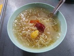 บุกตลาดน้อย อร่อยกับเมนูหมี่หวานและตุ้บตั้บระดับตำนานในเทศกาลกินเจ