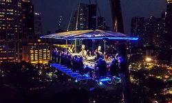 แชร์ประสบการณ์ครั้งแรกในเมืองไทย ดินเนอร์หรูบนความสูง 50 เมตร