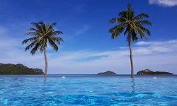 จ่ายแค่ห้องละ 1,500 ก็สามารถนอน Pool Villa ริมทะเลอ่าวมะนาวได้!
