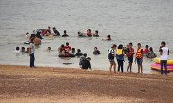 หาดดอกเกด ทะเลกาฬสินธุ์