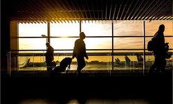 ทำไมเราถึงควรแต่งตัวให้ดูสุภาพเวลาขึ้นเครื่องบิน