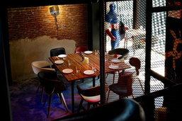 """""""HERO""""  ร้านอาหารสไตล์..ซุปเปอร์ฮีโร่ แปลก ใหม่ ใจกลางเมือง"""