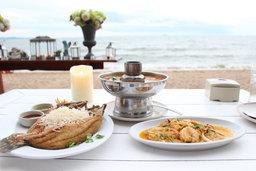 ร้านอาหารสุดชิค บรรยากาศดี อาหารอร่อย ติดทะเลที่พัทยา