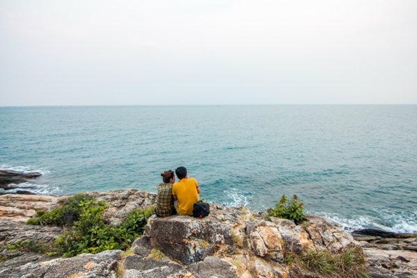 คู่รักเกาะเสม็ด