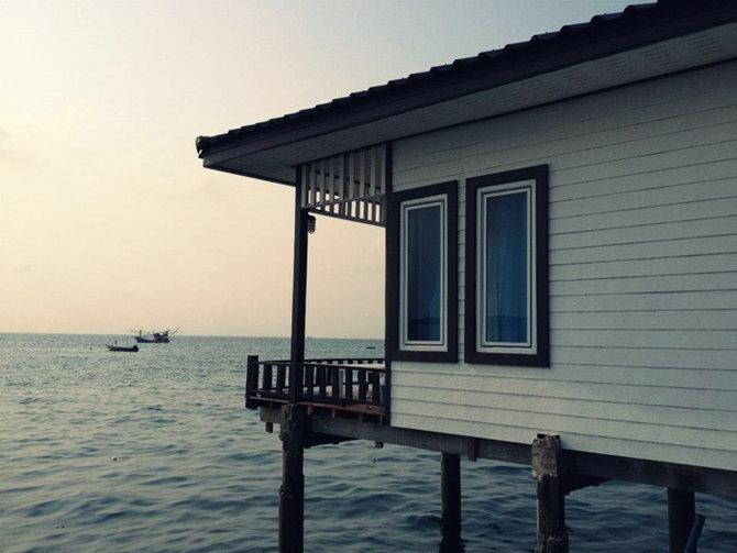 ที่พักเกาะล้าน บ้านริมน้ำ