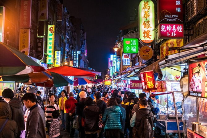 ningxia_night_market_street_f