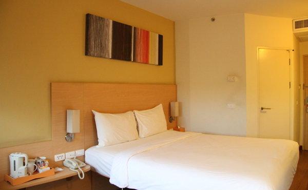 โรงแรมไอบิส หัวหิน  น่านอนจนไม่อยากลุกไปไหน