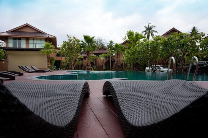 ที่พักอัมพวา มีสระว่ายน้ำ